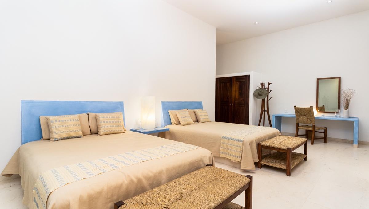 8-bedroom-villa-kupuri-punta-mita-39