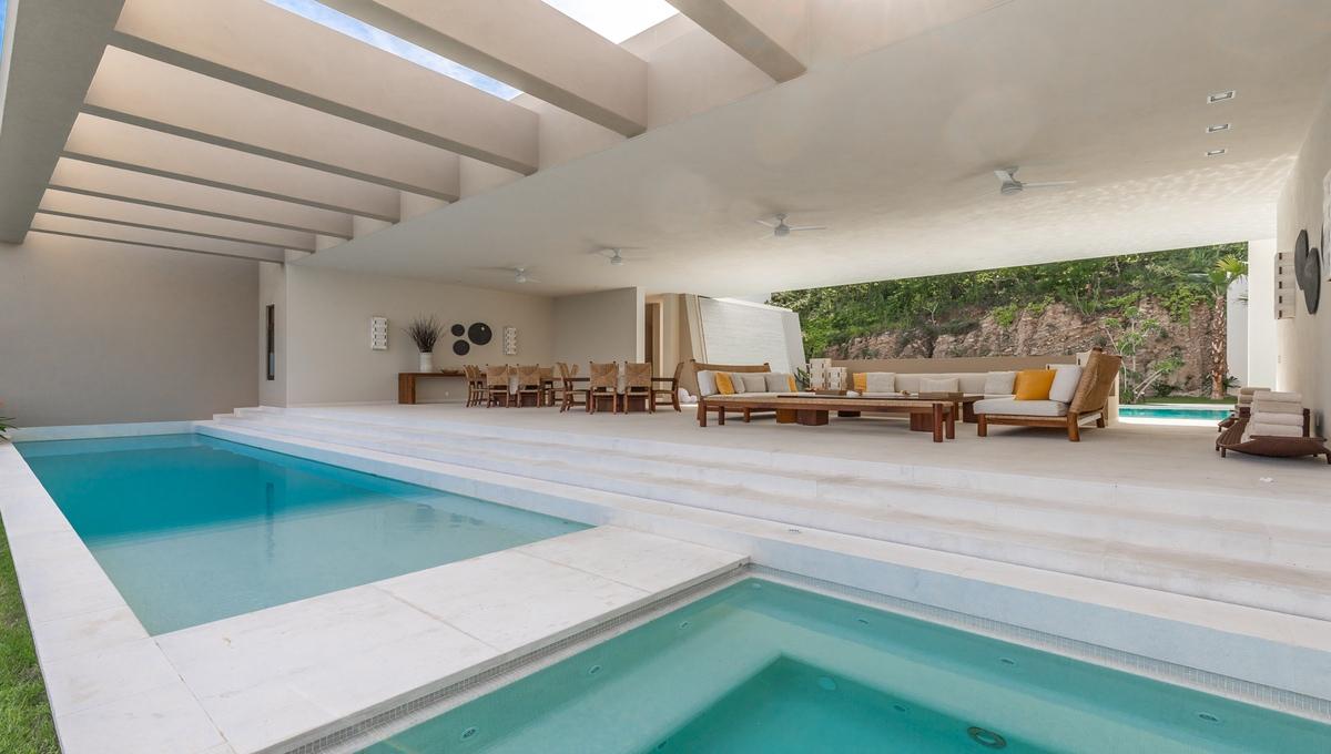 8-bedroom-villa-kupuri-punta-mita-76