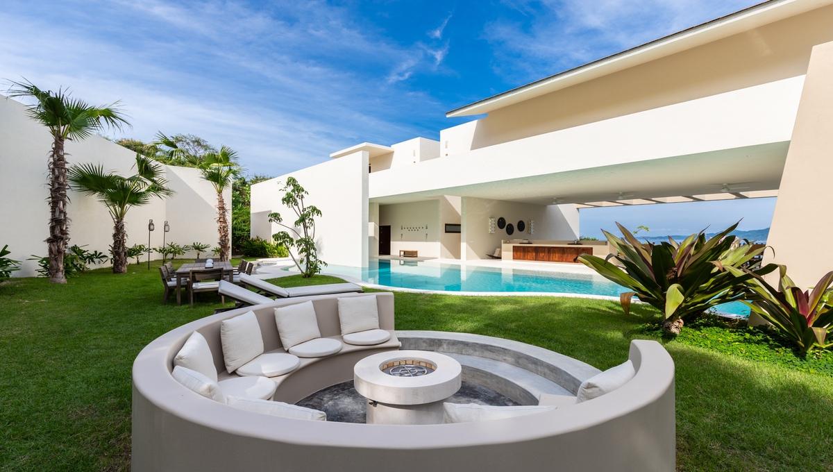 8-bedroom-villa-kupuri-punta-mita-77