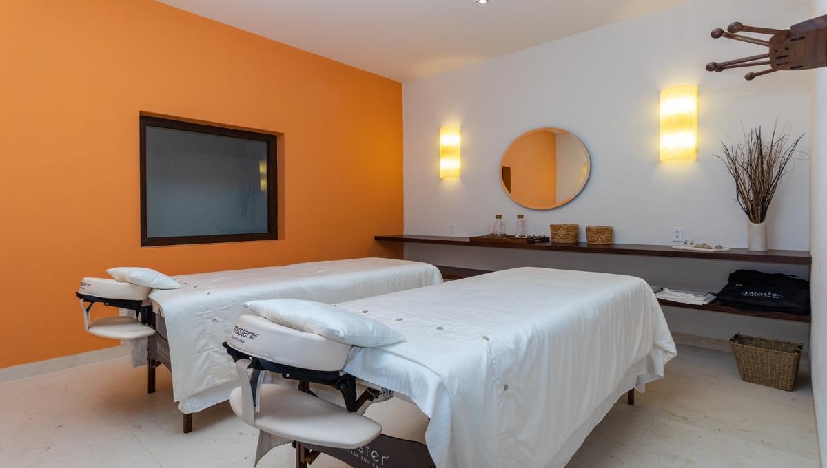 8-bedroom-villa-kupuri-punta-mita-97