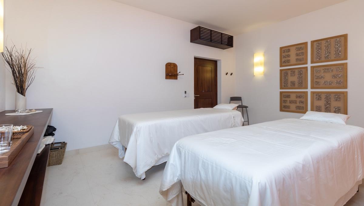8-bedroom-villa-kupuri-punta-mita-98